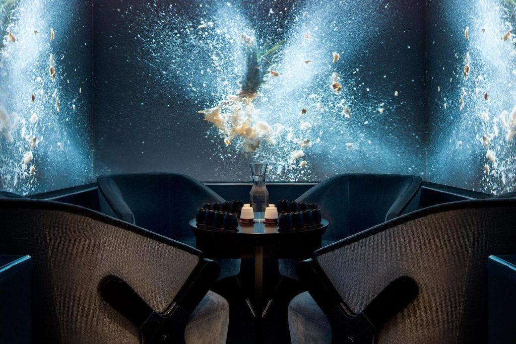 The Berkeley bar london vr social reality immersion scents trends fremtidige forventninger kundeservice